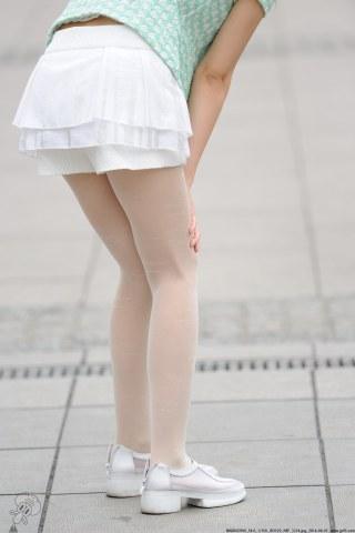 VIP②区  白丝白裙-9张 街拍第一站全网原创独发!