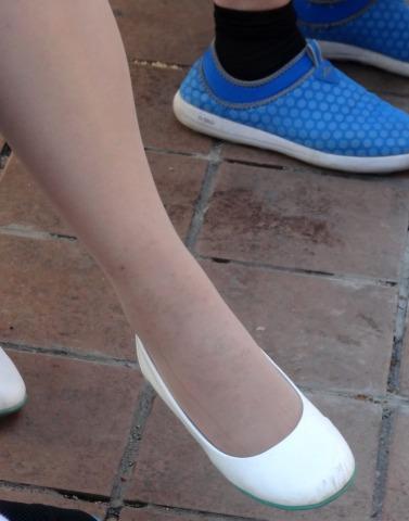 街拍挑鞋,街拍丝足 金坚作品-- 丝足挑鞋16P 最新街拍丝袜图片 街拍丝袜第一站