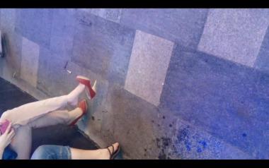 dangling002视频  诱惑美女裸足大幅度挑动红色高跟,值得一看!【dangling精品街拍街拍视频】 街拍第一站全网原创独发!