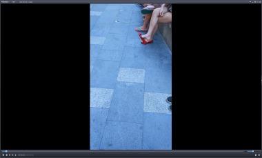 dangling002视频  诱惑街拍美女不断挑玩可爱红色小平跟,超长4分钟!【dangling精品街拍视频】 街拍第一站全网原创独发!