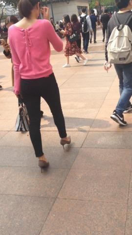 俊风街拍视频  172身高的美臂街拍女人 街拍第一站全网原创独发!