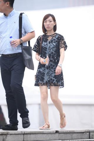 VIP②区  十字绣连衣裙-10张 街拍第一站全网原创独发!