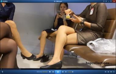 HSP丝袜视频  【HSP's video】长椅上休息的街拍丝足机组人员[09:51] 街拍第一站全网原创独发!
