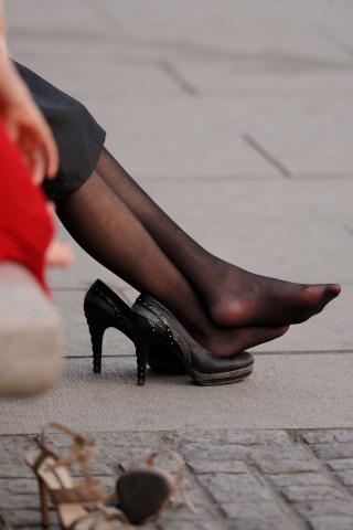 坐姿  黑 丝 -10张 - VIP街拍图片发布- 街拍第一站