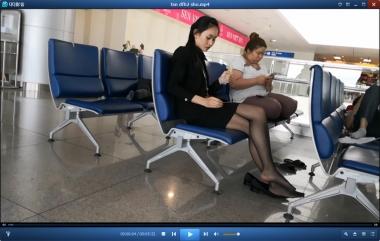 HSP丝袜视频  【HSP's video1080P】候机室脱鞋晾脚的黑丝街拍美女[05:32] 街拍第一站全网原创独发!