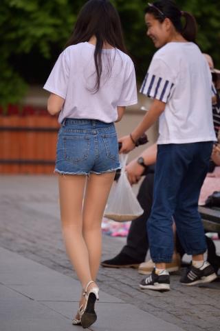 短裤长腿肉 丝袜