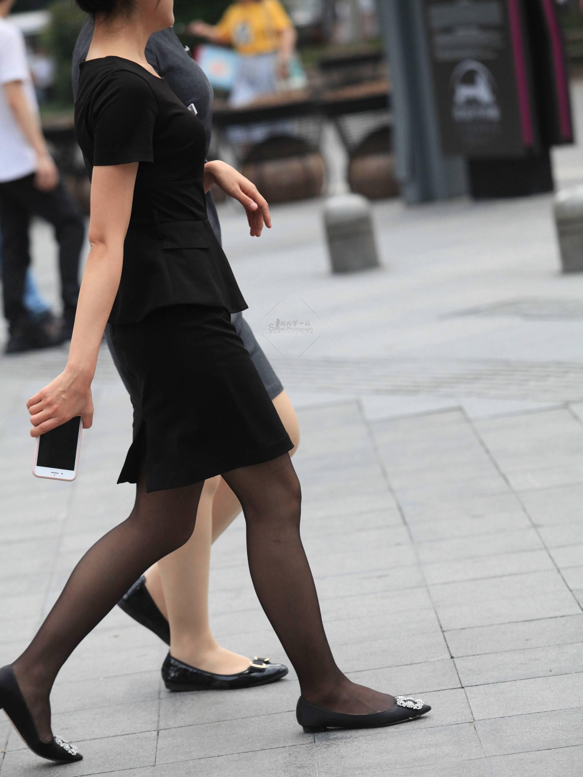 街拍OL,街拍黑絲 【玨一笑而過】漂亮黑絲 OL 最新街拍絲襪圖片 街拍絲襪第一站