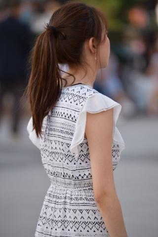 马尾连衣裙