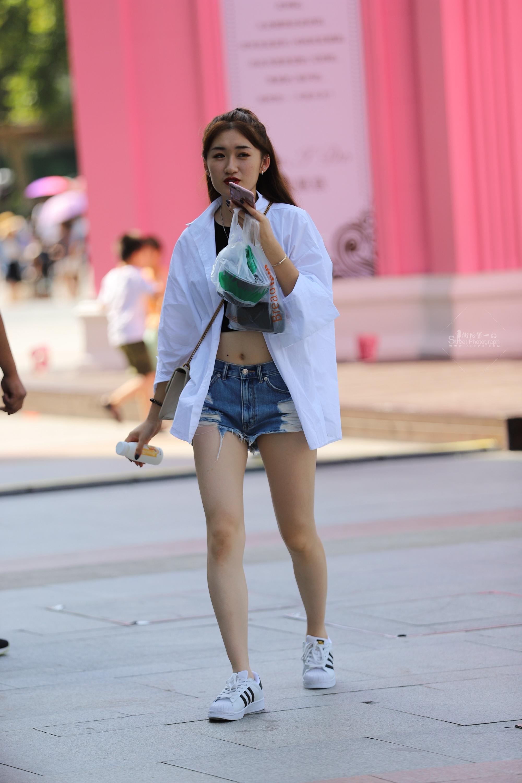 长腿 热裤运动鞋小姐姐(13p)