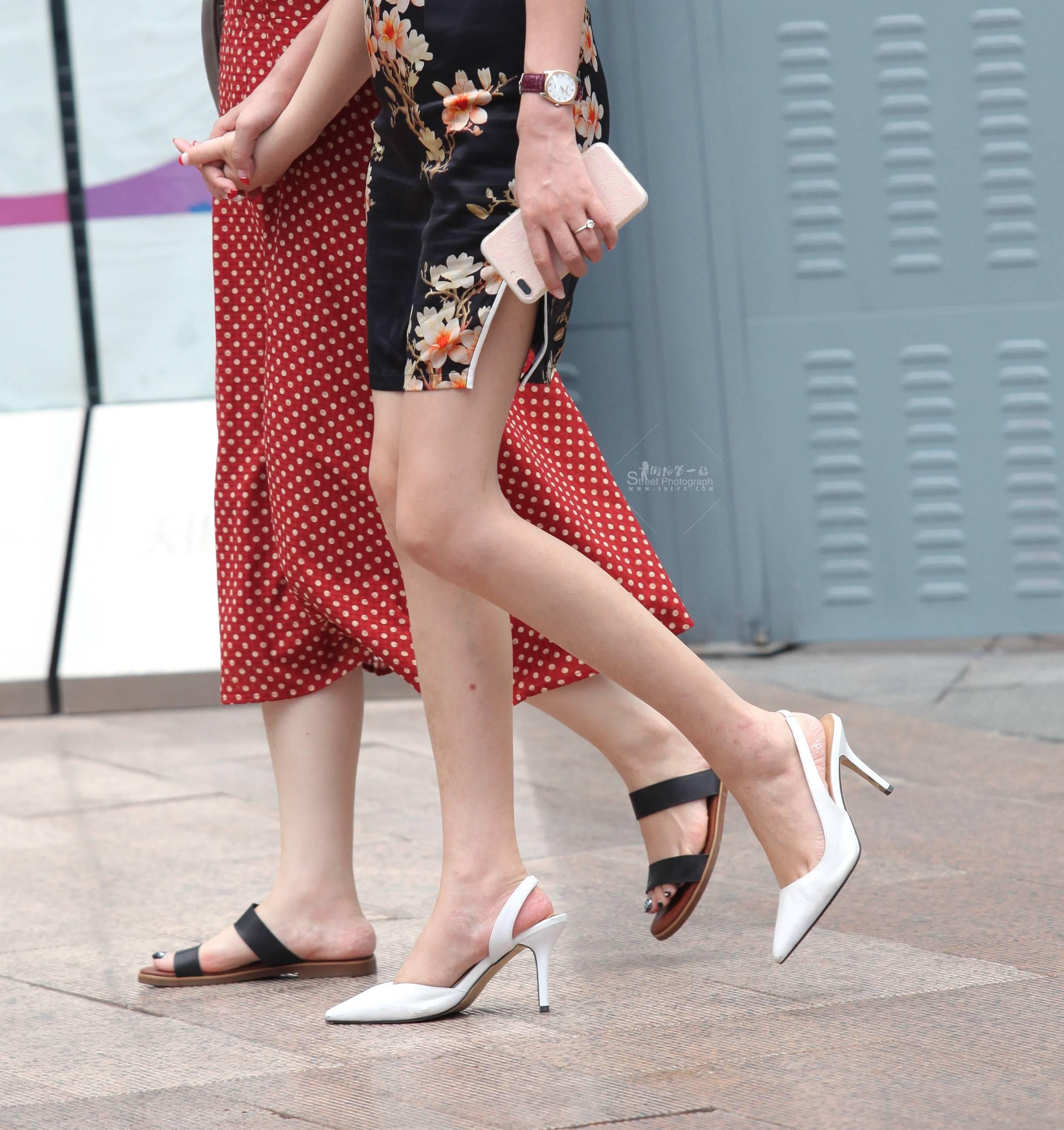 街拍长腿,街拍高跟 【珏一笑而过】 长腿旗袍高跟 最新街拍丝袜图片 街拍丝袜第一站