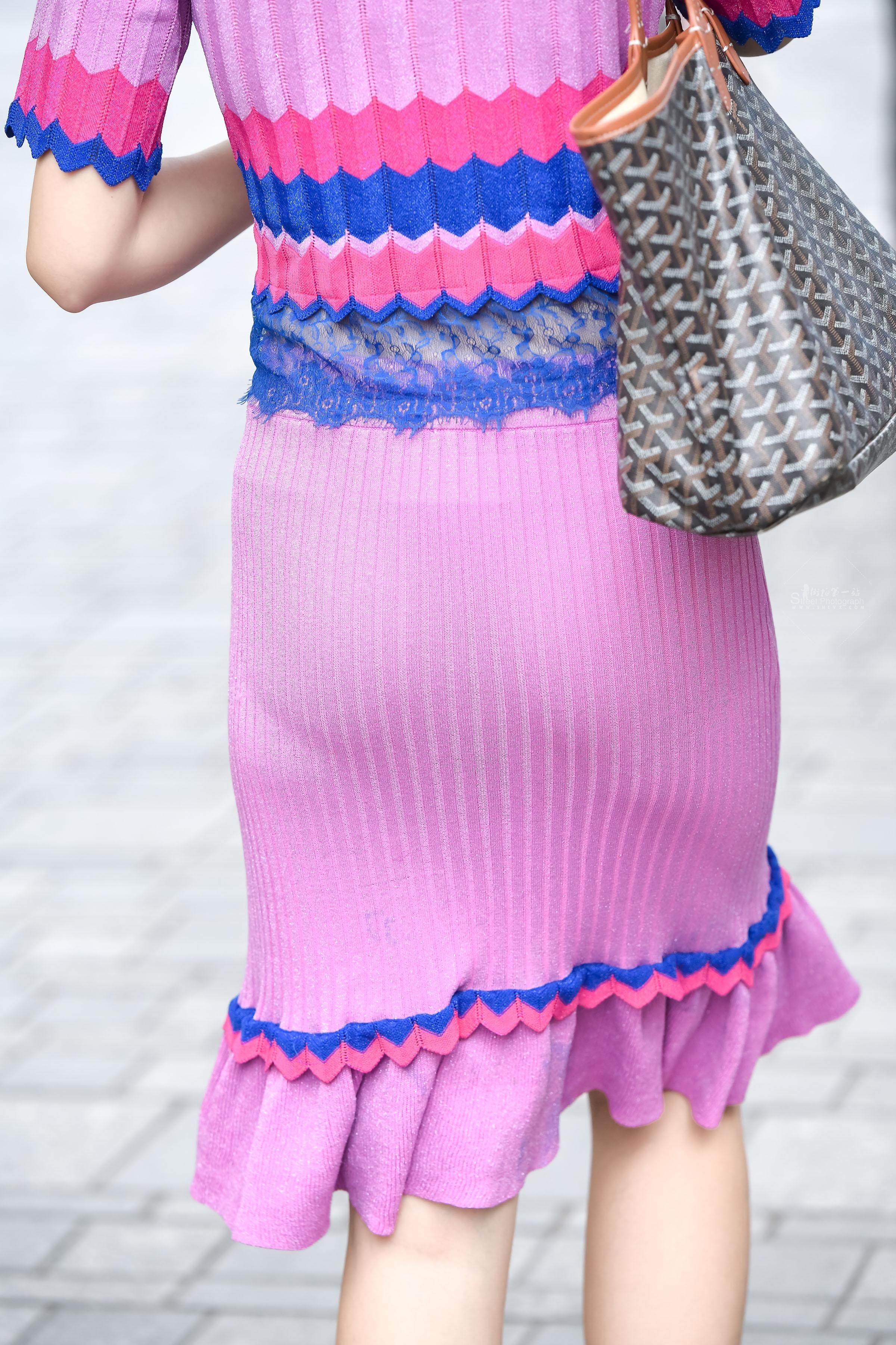 街拍空姐,街拍美女 国航美女 空姐时尚装扮艳丽之行 最新街拍丝袜图片 街拍丝袜第一站