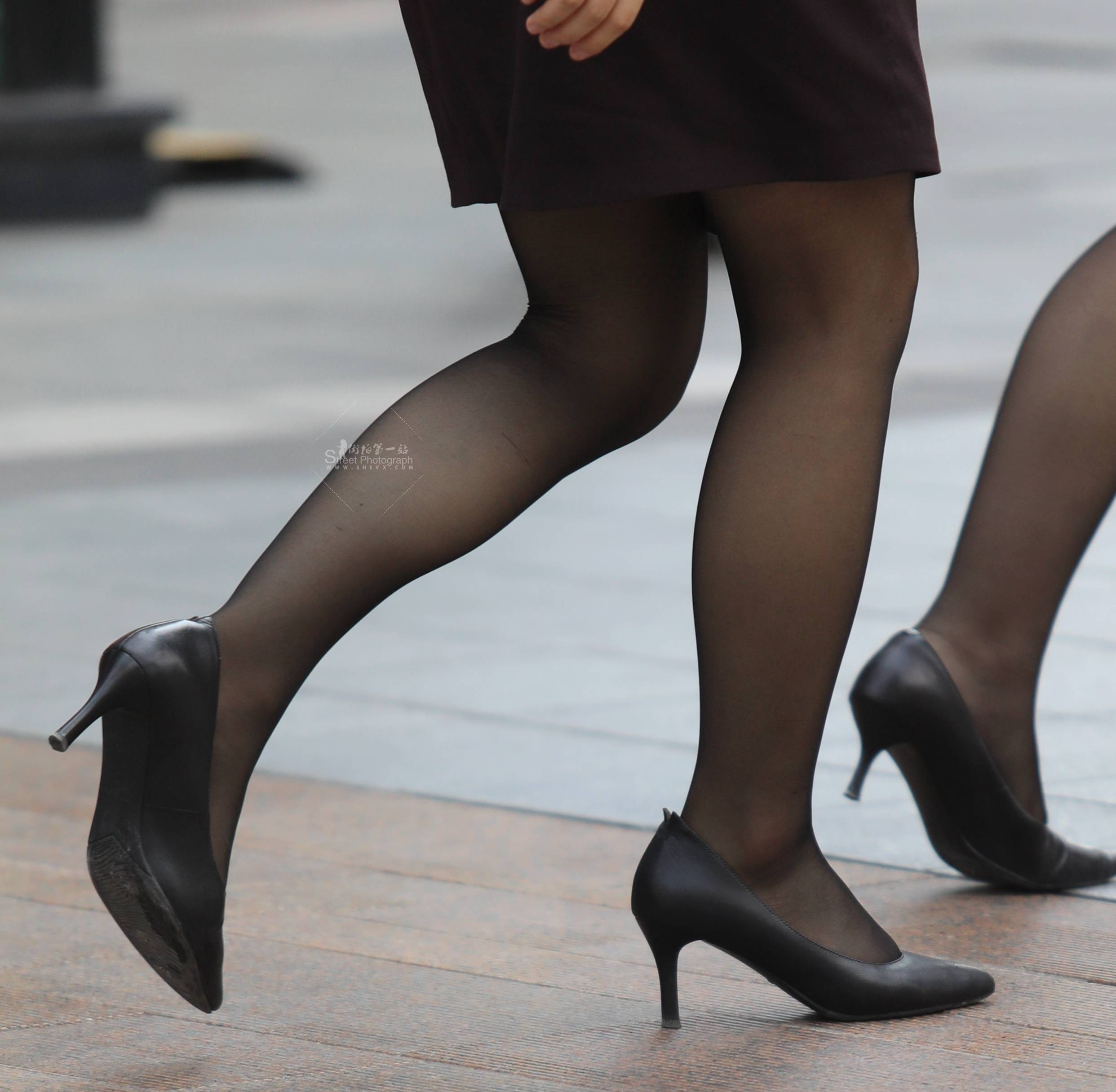 街拍黑丝,街拍OL,街拍高跟,街拍黑丝高跟 【珏一笑而过】 黑丝高跟OL 最新街拍丝袜图片 街拍丝袜第一站