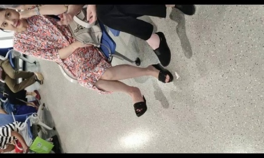 爱在provence视频  漂亮Shao Fu街拍挑鞋停不下来 街拍第一站全网原创独发!