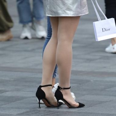 【玨一笑而過】絲襪 高跟Shao Fu