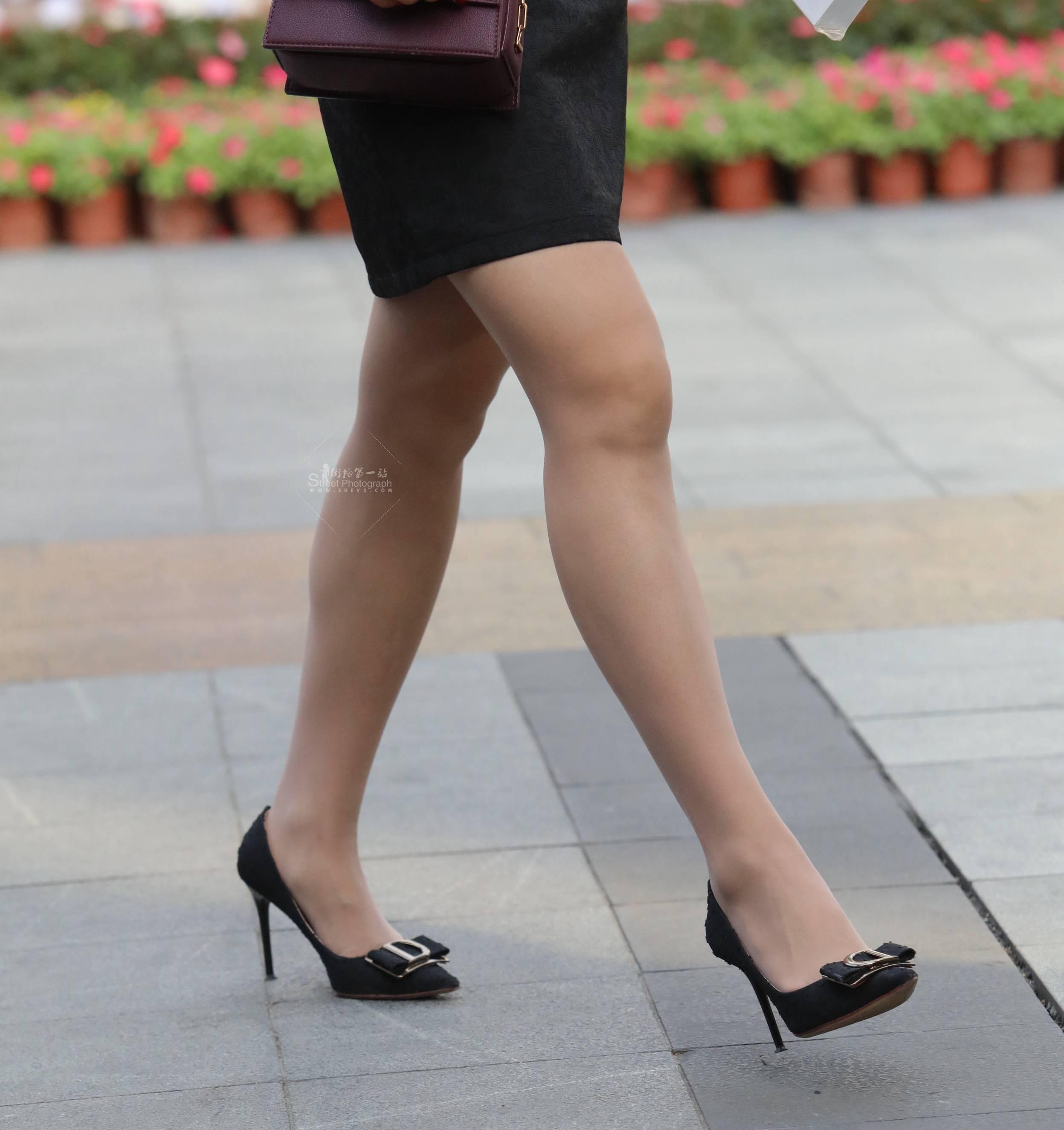街拍高跟,街拍丝袜 【珏一笑而过】丝袜 高跟Shao Fu 最新街拍丝袜图片 街拍丝袜第一站