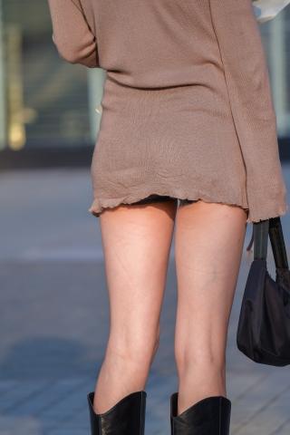 特约名家街拍  笔直的腿完美的打扮 街拍第一站全网原创独发!
