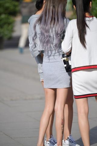 VIP街拍图片发布  长发灰裙-20张 街拍第一站全网原创独发!