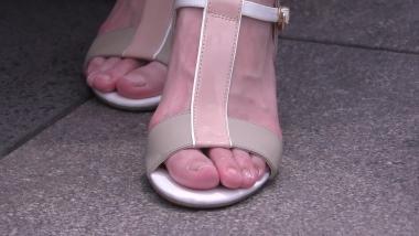 4K丝袜视频  【魔术师4K】短裙街拍少女模特般的大长腿, 脚也是极有味道 5分27秒 街拍第一站全网原创独发!