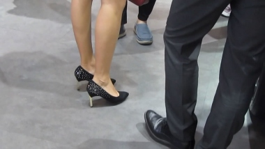 小胡高跟视频  小胡发布-- 2019年街拍丝袜长腿高跟街拍 175 街拍第一站全网原创独发!
