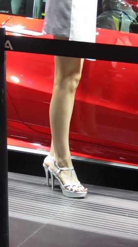 小胡高跟视频  小胡发布-- 2019年街拍丝袜长腿高跟街拍 176 街拍第一站全网原创独发!