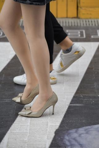 肉街拍丝袜长腿姑娘153张节选