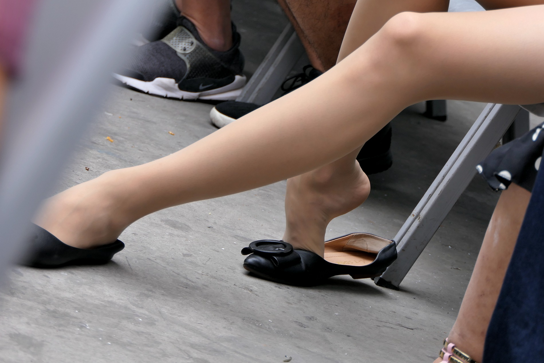 【jim2】漂亮的金发长腿肉丝袜袜洋街拍美女(14p) - 签约原创独发作品- 街拍第一站
