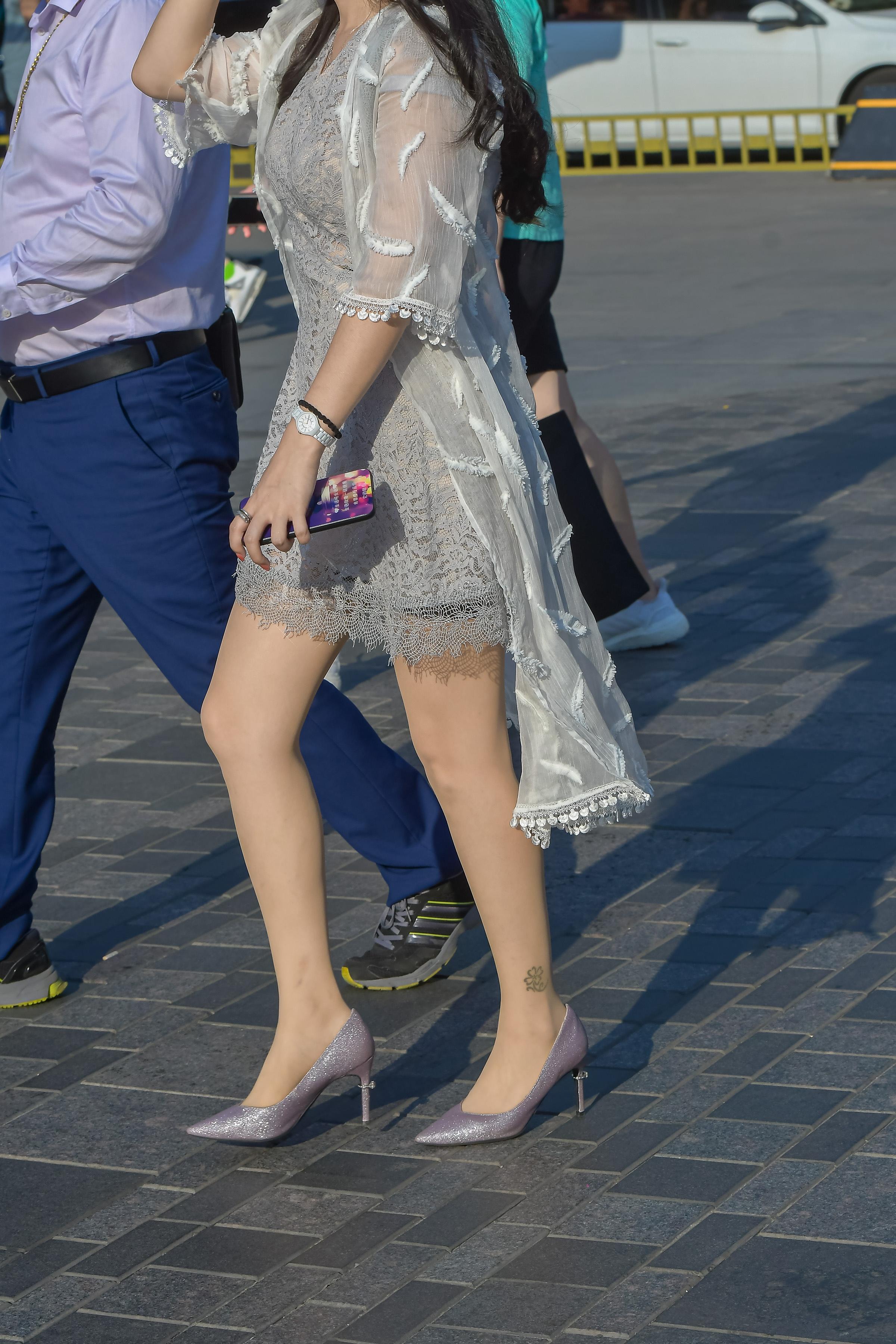 肉街拍丝袜淡紫色高跟美妇 - 特约名家街拍- 街拍第一站