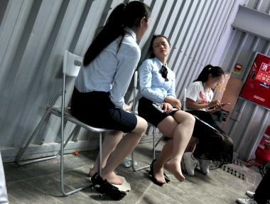 【jim2】2个漂亮的街拍长腿肉丝袜美女(14p)