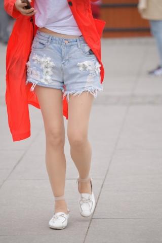 VIP街拍图片发布  肉丝袜街拍短裤-15张 街拍第一站全网原创独发!