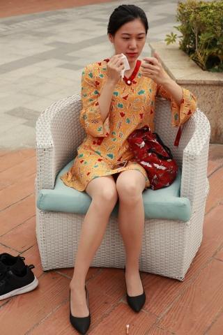 街拍套图超市(招聘原创)  天台街拍肉丝袜袜袜袜袜小姐姐 街拍第一站全网原创独发!