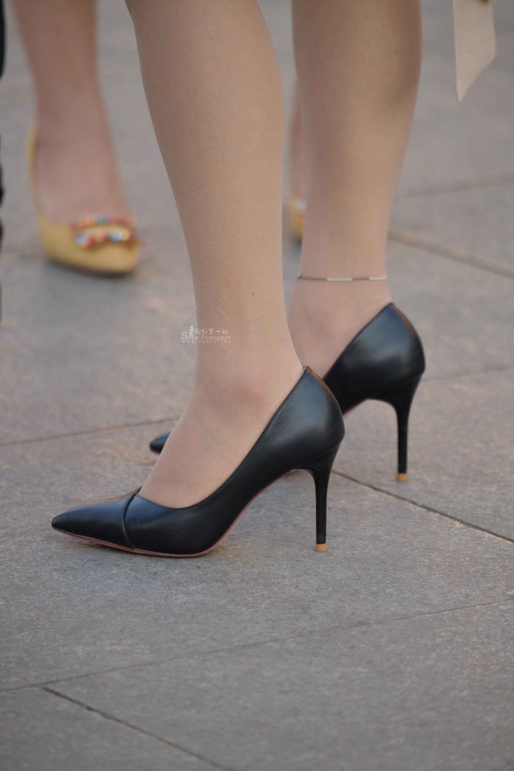 黑 高跟肉丝袜