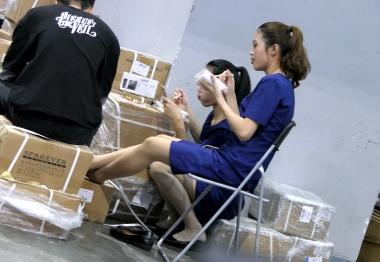 [权限要求:两年期VIP及以上]  【jim2】蓝裙肉 丝 袜   美 女 (15p) 街拍第一站全网原创独发!