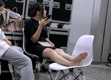 [权限要求:两年期VIP及以上]  【jim2】黑裙肉 丝 袜 袜 长腿 美 女 (19p) 街拍第一站全网原创独发!