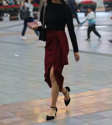 [权限要求:三年期VIP及以上]  【珏一笑而过】气质红裙 高跟Shao Fu 街拍第一站全网原创独发!
