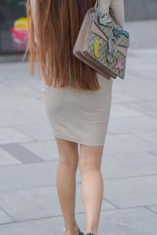 街拍丝袜网易博客_长北京街拍博客发 包臀裙的魅力-最新街拍丝袜美女-街拍丝袜第一站