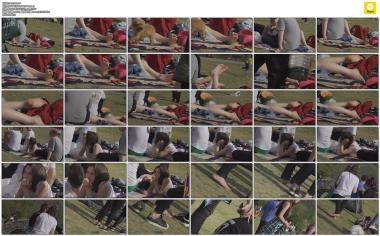 4K视频  4K-草地上外国  少 女  展示雪白的长腿嫩白裸足 街拍第一站全网原创独发!
