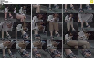 4K视频  4K-独自在看手机的俊俏 女孩 街拍第一站全网原创独发!