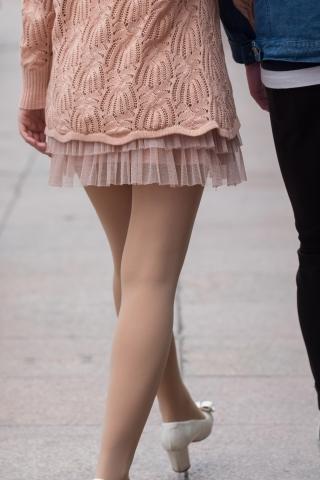 黑皮裙街拍第一站_SU.街拍黑皮紧身JP 10P-最新街拍丝袜美女-街拍丝袜第一站
