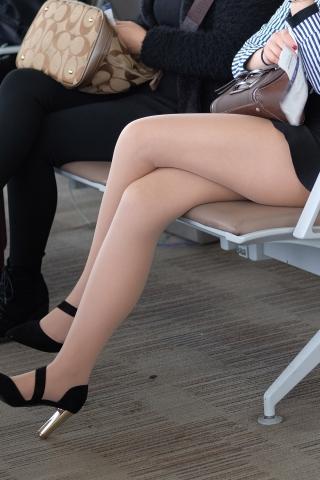 [权限要求:三年期VIP及以上]  SU.JP 10P候机厅化妆的极品  丝 袜  美 女 街拍第一站全网原创独发!