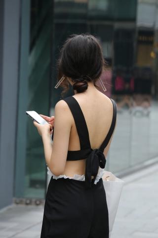 vip专享——v领服装 美女换了两套还是雪白的深V,全套原图35达叔街拍 迅雷下载0张必收藏