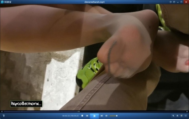 HSP视频  【HSP's video1080P】桌下拍摄女朋友   丝 足 [05:23] 街拍第一站全网原创独发!
