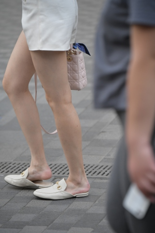 太刺激了华裔留学生美眉真空装Vip用户专享-街拍丝袜第一站