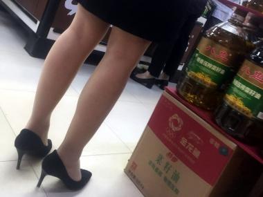 徐香视频  超 市肉  丝 袜 高跟 街拍第一站全网原创独发!