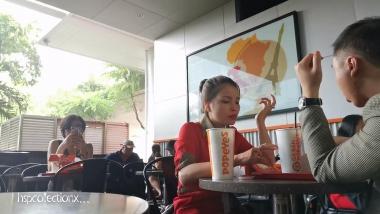 HSP视频  【HSP's video1080P】红裙  黑 丝  美 女 桌下玩鞋[04:53] 街拍第一站全网原创独发!