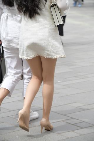 街拍肉丝袜 街拍高跟气质姑娘16街拍牛仔臀真的刺激0张