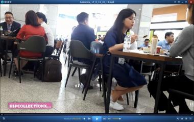 HSP视频  【HSP's video1080P】餐厅玩鞋的 丝 袜   美 女 两部[03:20] 街拍第一站全网原创独发!
