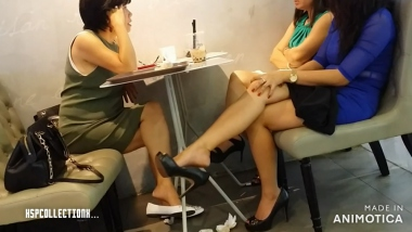 HSP视频  【HSP's video】桌下裸足 挑鞋[03:40] 街拍第一站全网原创独发!