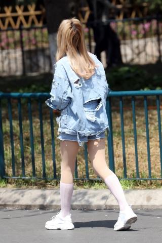 牛仔女生 - 特约名家街拍- 街拍第一站