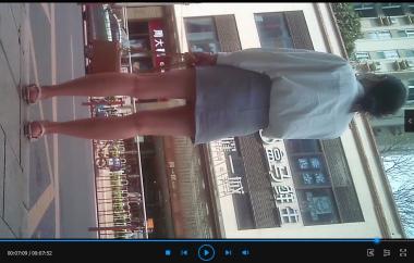 其它视频九头身OL镁女在公交车站等车的多变坐姿站姿(7分51秒) - 苏大熊视频- 街拍第一站