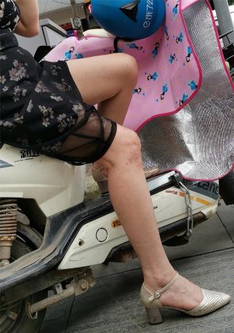 去年6月12p - 街拍精品月赛- 街拍第一站